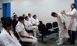 HOPE worldwide conducts healthcare training in La Paz.